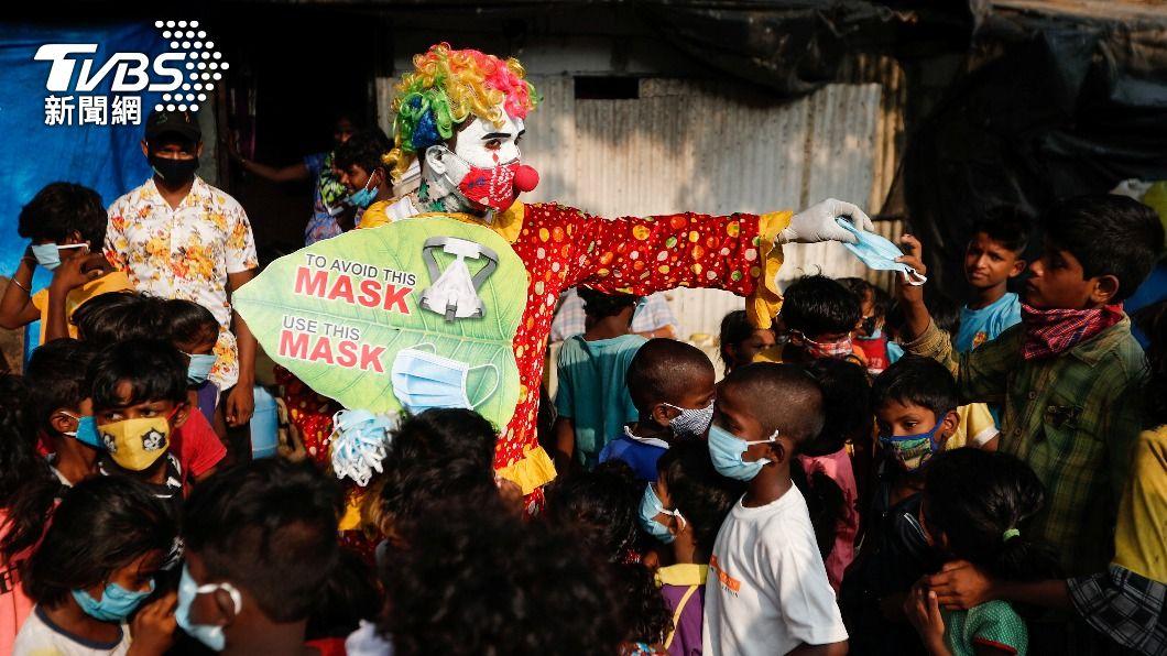 印度變種病毒跨境 尼泊爾火葬場也傳爆量