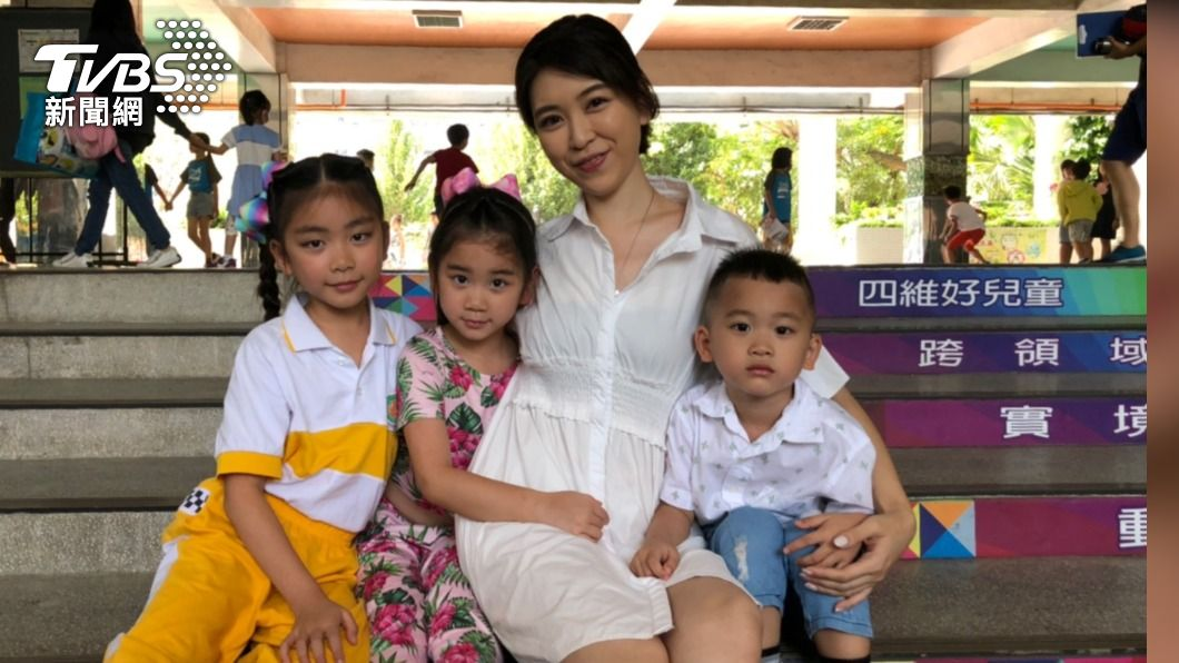 孫湘涵現在是三個孩子的媽。(圖/TVBS) 昔日音樂校花樂當「多力媽媽」 孫湘涵拚生育坐三望四
