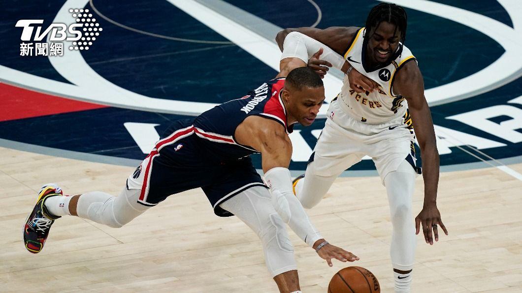 NBA巫師衛斯布魯克繳出大三元。(圖/達志影像美聯社) 衛斯布魯克繳超級大三元 21籃板創生涯新高