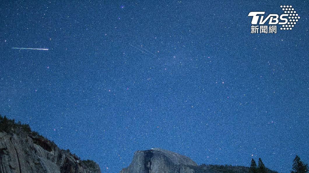 寶瓶座流星雨登場。(示意圖/shutterstock 達志影像) 天文迷注意!寶瓶座流星雨將登場 每小時50顆美翻