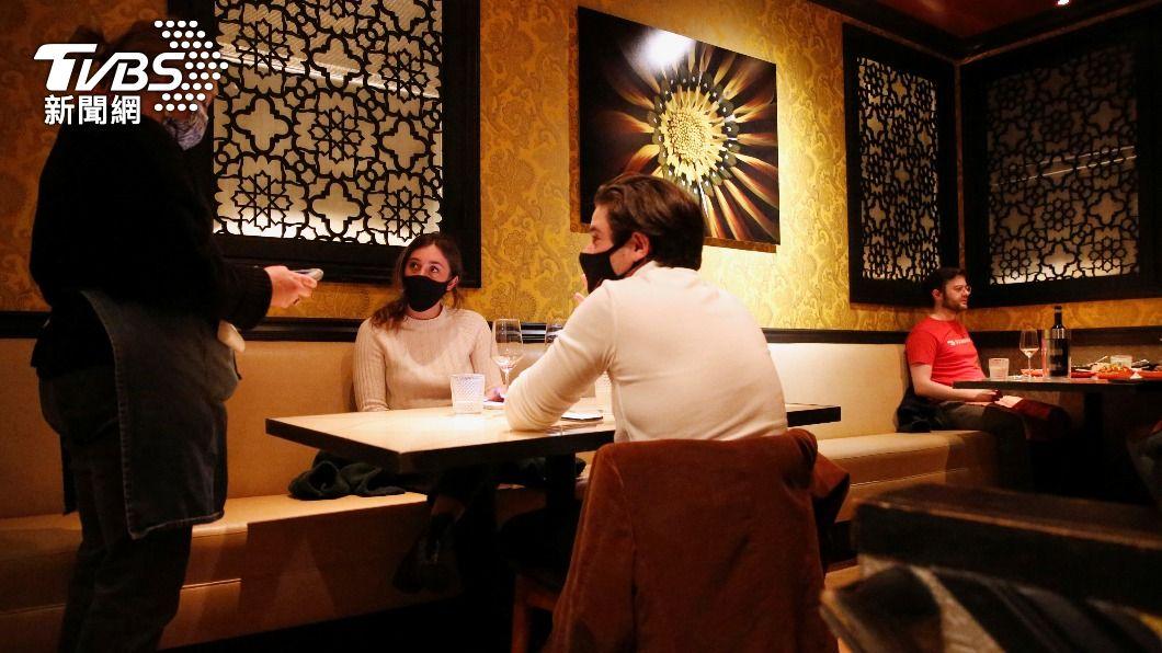 舊金山灣區的餐飲業缺人力。(圖/達志影像路透社) 疫情後遺症!解封後重開 舊金山餐飲業鬧人力荒