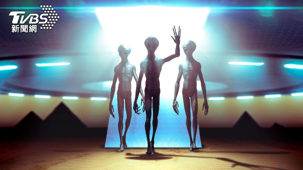 南美洲有許多民眾目擊外星人。(示意圖,與本事件無關/shutterstock達志影像) 迷你外星人搭UFO登陸南美 大量民眾目擊手繪圖曝光