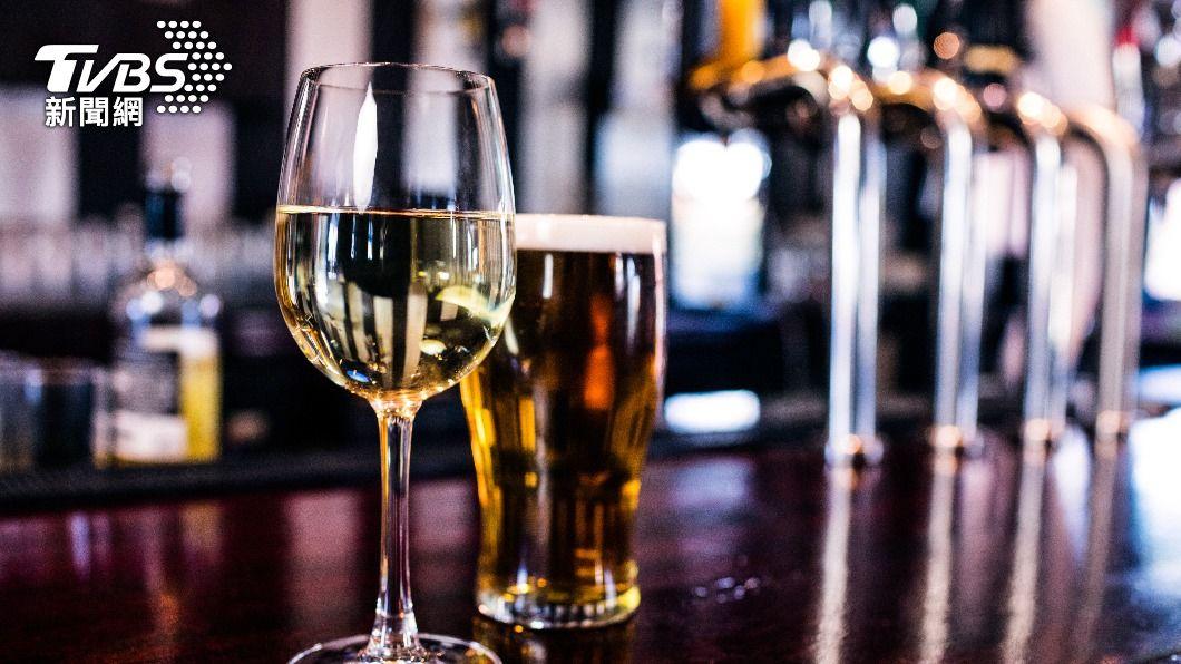 (示意圖/shutterstock 達志影像) 機師、空服員自主健康管理赴酒吧 兩人最高罰30萬