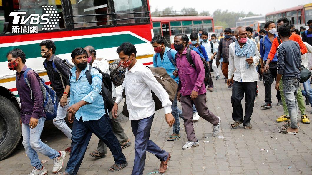 印度疫情嚴重。(圖/達志影像路透社) 確診破2千萬!印度疫情嚴峻 日增3780人病歿創新高
