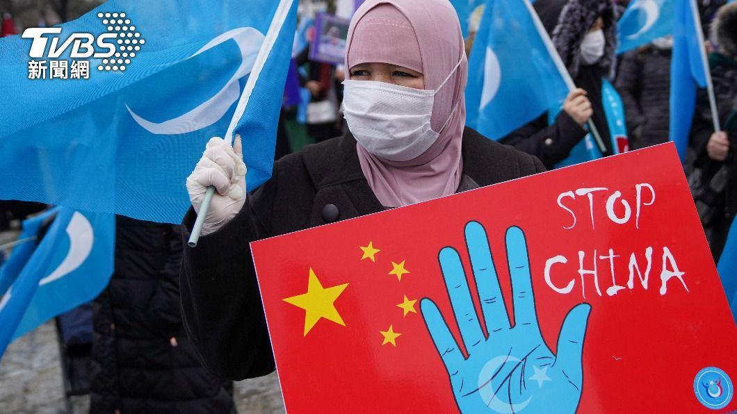 土耳其衛生部長克扎證實,在野黨就大陸迫害維吾爾人予以譴責,可能已對土耳其向陸方採購新冠肺炎疫苗造成不利影響。(圖/達志影像路透社) 新疆迫害人權 土耳其首度承認:批陸不利疫苗採購