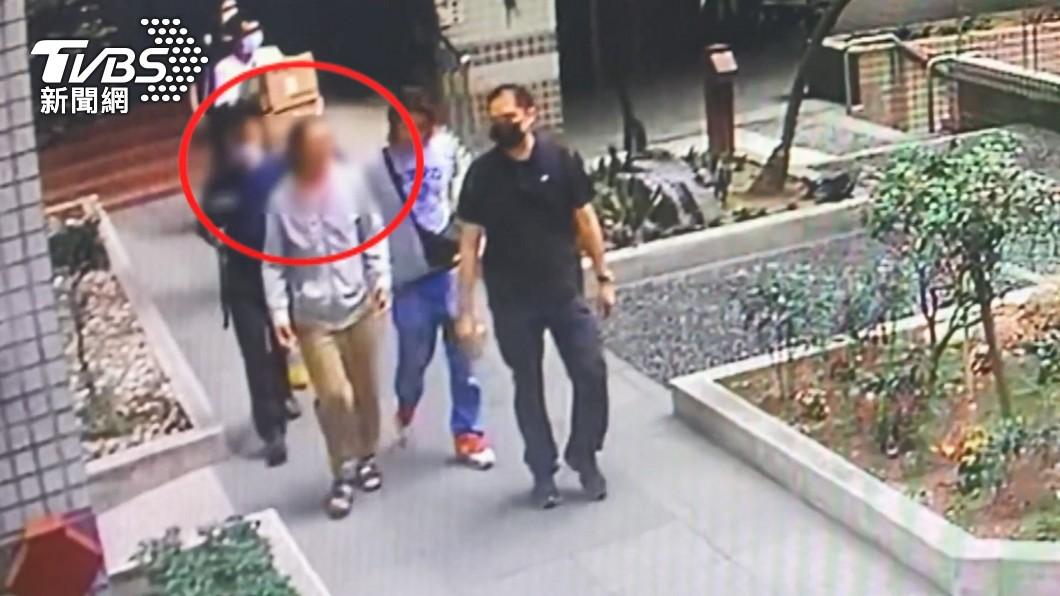 阮姓男子落網。(圖/TVBS) 男子涉奪產後阿嬤失蹤 警疑找到牙齒關鍵證物