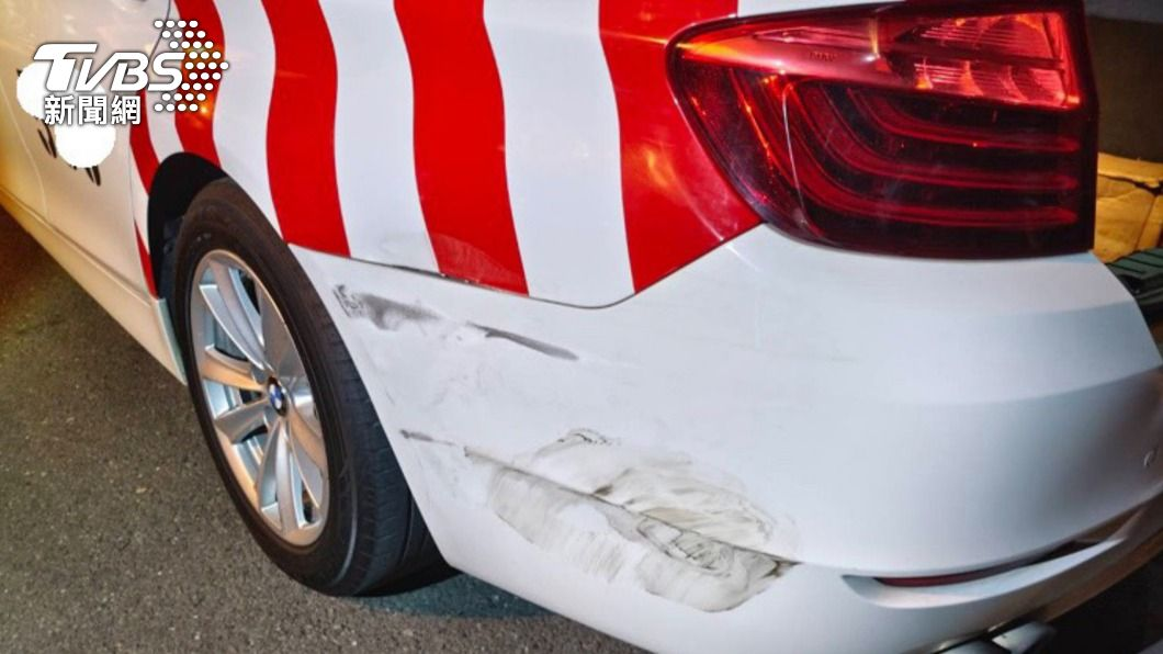 男子酒駕追撞警車。(圖/中央社) 工程師與網友小酌 酒駕返家撞國道警車遭送辦