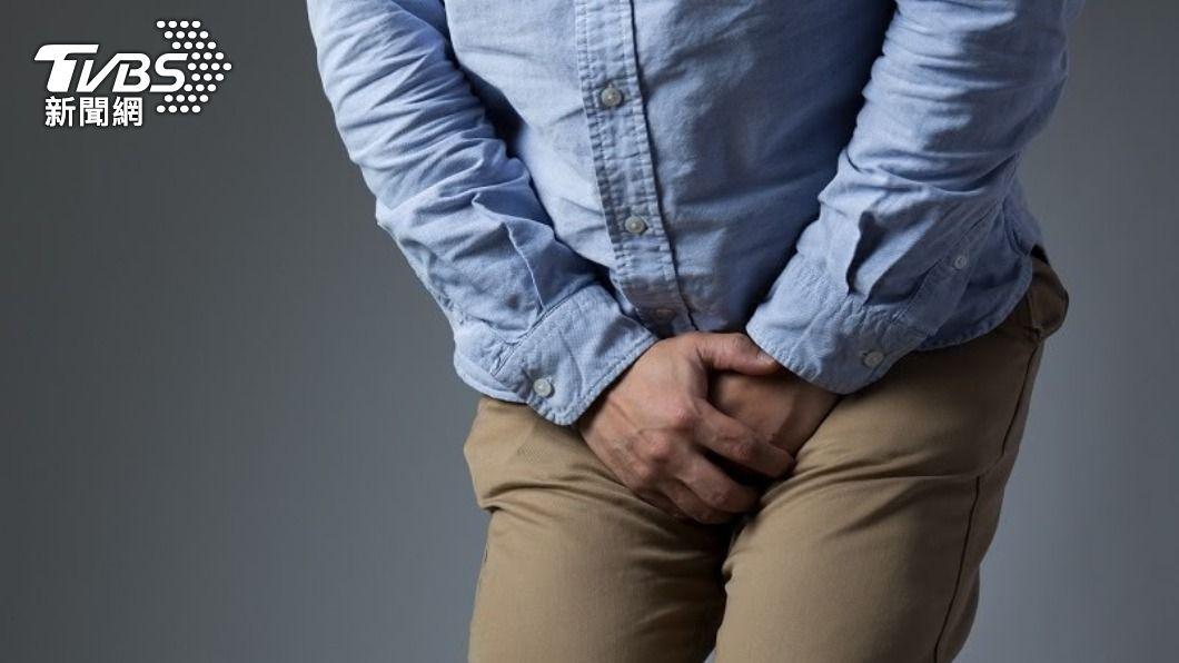 男子因患有糖尿病導致生殖器爛壞、發霉感染。(示意圖/shutterstock達志影像) 23歲男日喝4杯手搖飲 醫見下面流白汁嚇壞:生殖器裂開