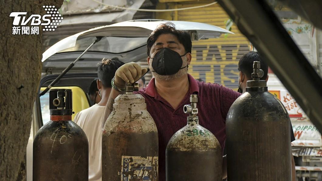 圖文/疫情嚴峻需求增 印度「缺氧」問題難解