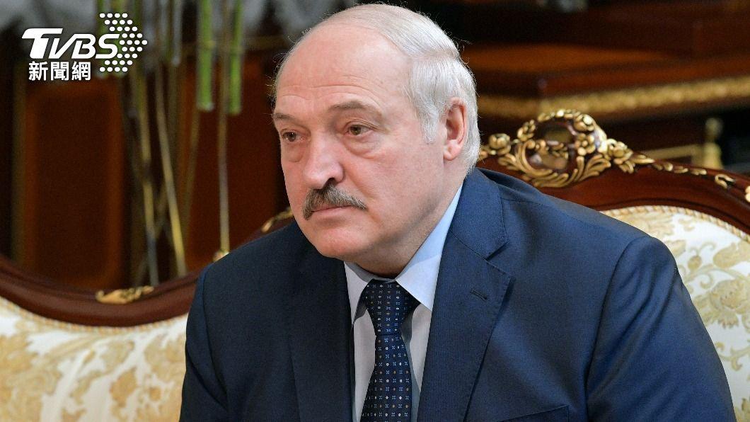 白俄總統盧卡申科屢被民眾抗議要求下台,屢次派出軍警鎮壓。 (圖/達志影像路透社) 白俄羅斯總統簽署法令 修改總統權力移交機制