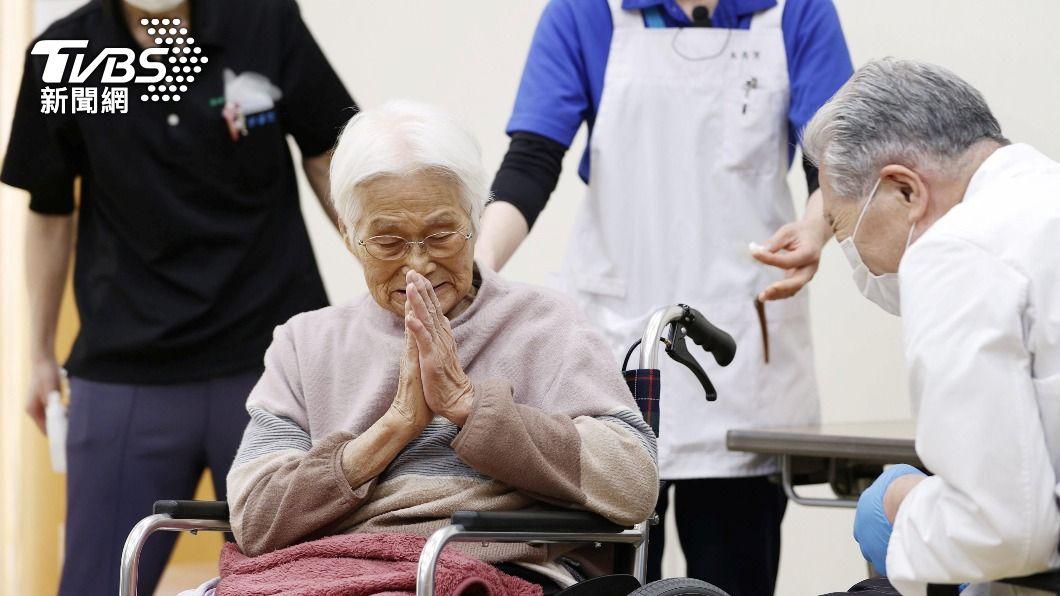 日本政府正在籌備設立接種新冠疫苗的大型場地。(圖/達志影像路透社) 日本設大型接種疫苗中心 東京單日可施打萬人