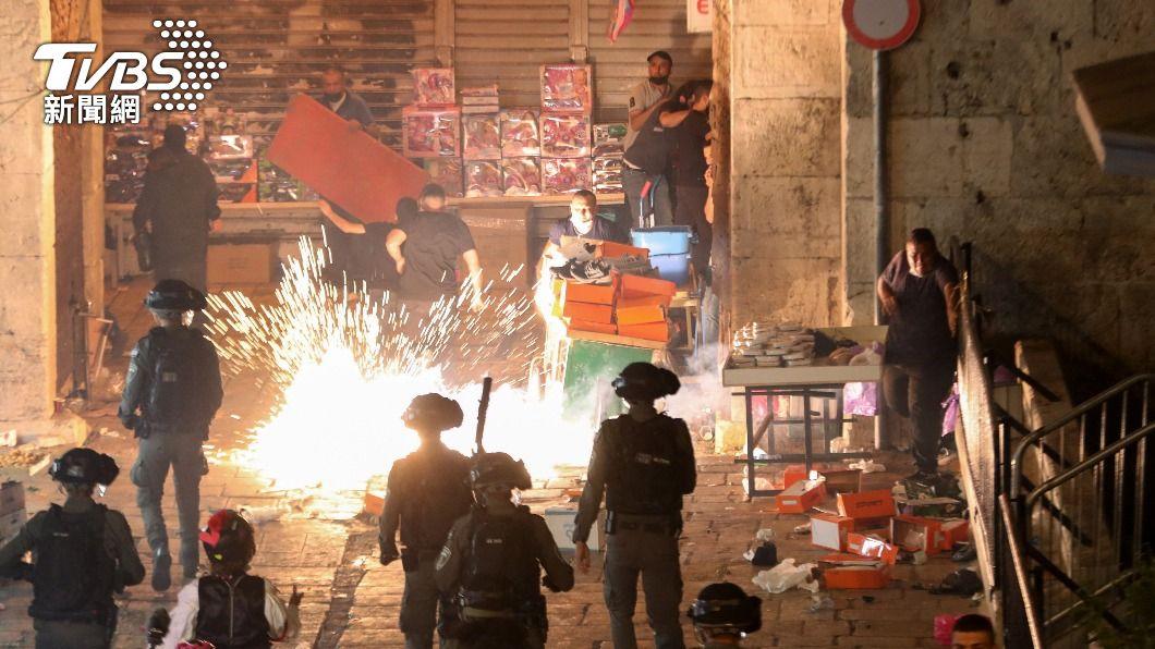 耶路撒冷爆發衝突。(圖/達志影像路透社) 耶路撒冷情勢緊張 突尼西亞籲安理會開會討論