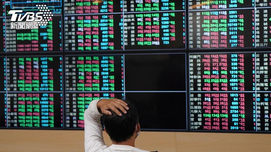 (圖/中央社資料照) 台積電領軍 台股早盤漲逾百點突破17000點