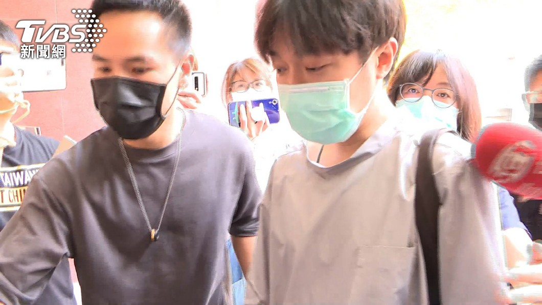 歌手青峰遭前經紀人提告,北院判決無罪。(圖/TVBS) 青峰遭控侵著作權獲判無罪 環球音樂盼勿再濫訴