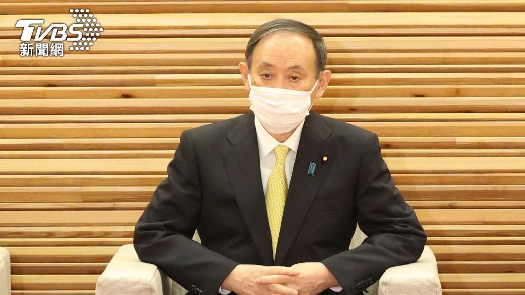 日本首相菅義偉。(圖/達志影像美聯社) 被問12次疫情爆發還辦東奧嗎? 菅義偉未具體回應