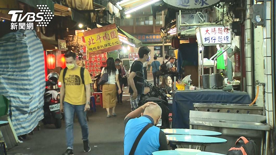 (圖/TVBS) 商業服務業申請開跑 經濟部:紓困餐飲攤販、洗衣業都入列