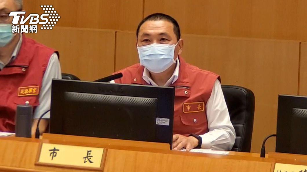 侯友宜再宣布最新防疫措施。(圖/TVBS) 獅子會足跡遍布雙北 侯友宜:明起全市24小時大消毒