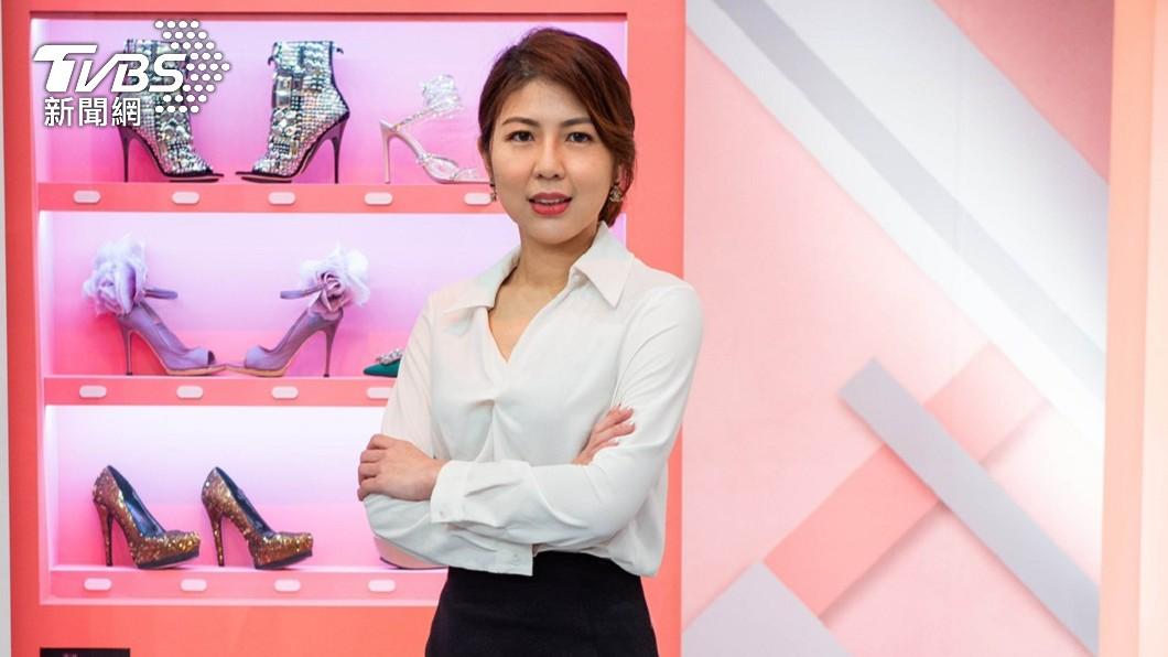 李怡貞今上TVBS《女人我最大》錄影前受訪。(圖/TVBS) 獨/捲入三斤雞排大戰!她認「衰到爆炸」求陳沂快封鎖