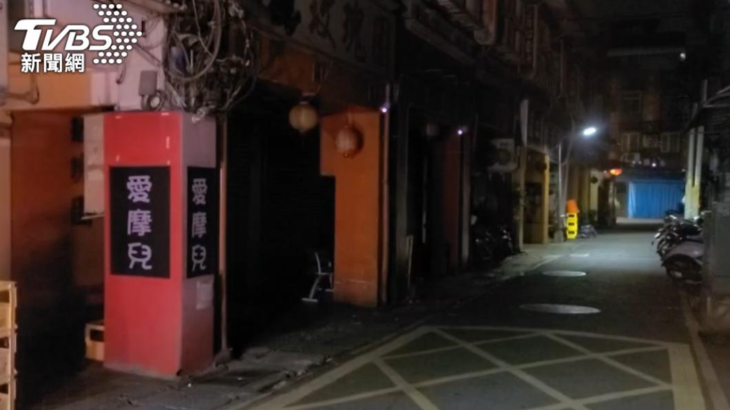 如今萬華區的茶室街相當冷清。(圖/TVBS) 萬華2女染疫 老司機揭「清茶館、阿公店」關鍵差異