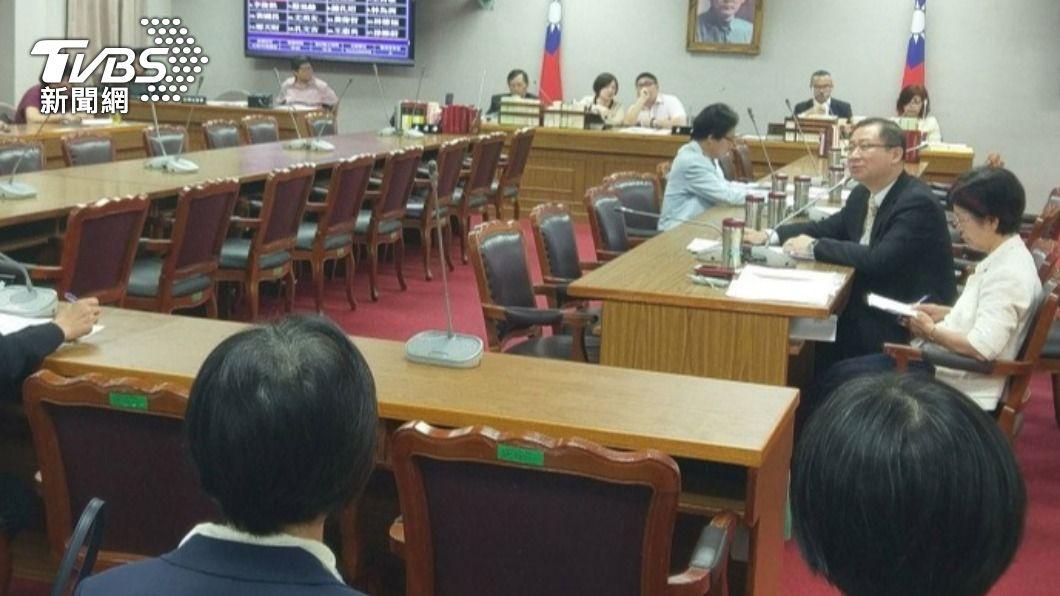 立院會議。(圖/TVBS資料畫面) 疫情升溫!立法院緊急召集協商 暫停週一會議