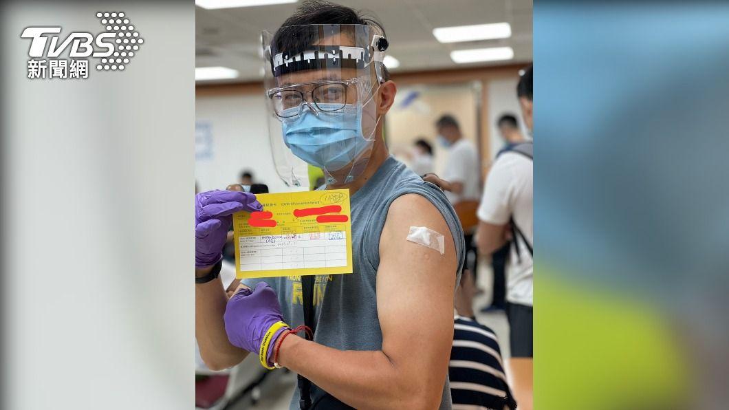 萬華東園派出所警員完成第一劑疫苗接種(圖/TVBS) 保護第一線!萬華專案疫苗啟動 警消防疫旅館高風險優先