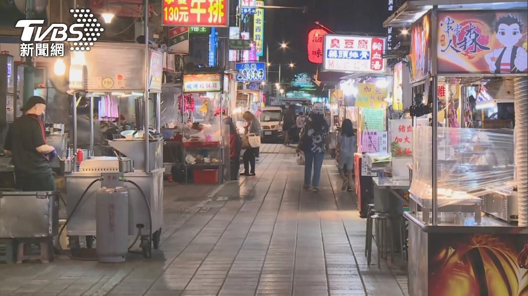 台北市寧夏夜市。(圖/TVBS資料畫面) 寧夏夜市微解封 柯文哲祝開市大吉:他們只求溫飽