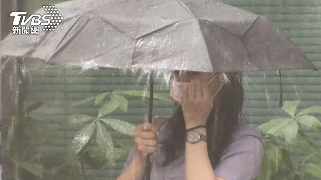 明晚起有鋒面接近台灣,將有零星降雨。(示意圖/TVBS) 德基水庫蓄水率僅2.4% 明晚起2地嚴防大雨