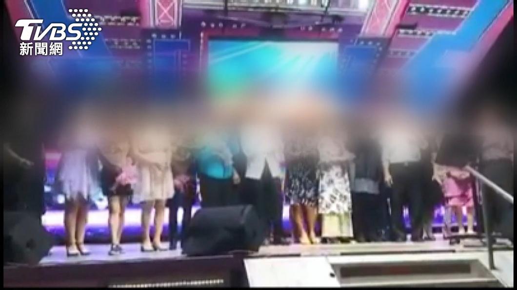 圖/TVBS 唱歌沒在戴口罩 與婚宴重疊全班+22