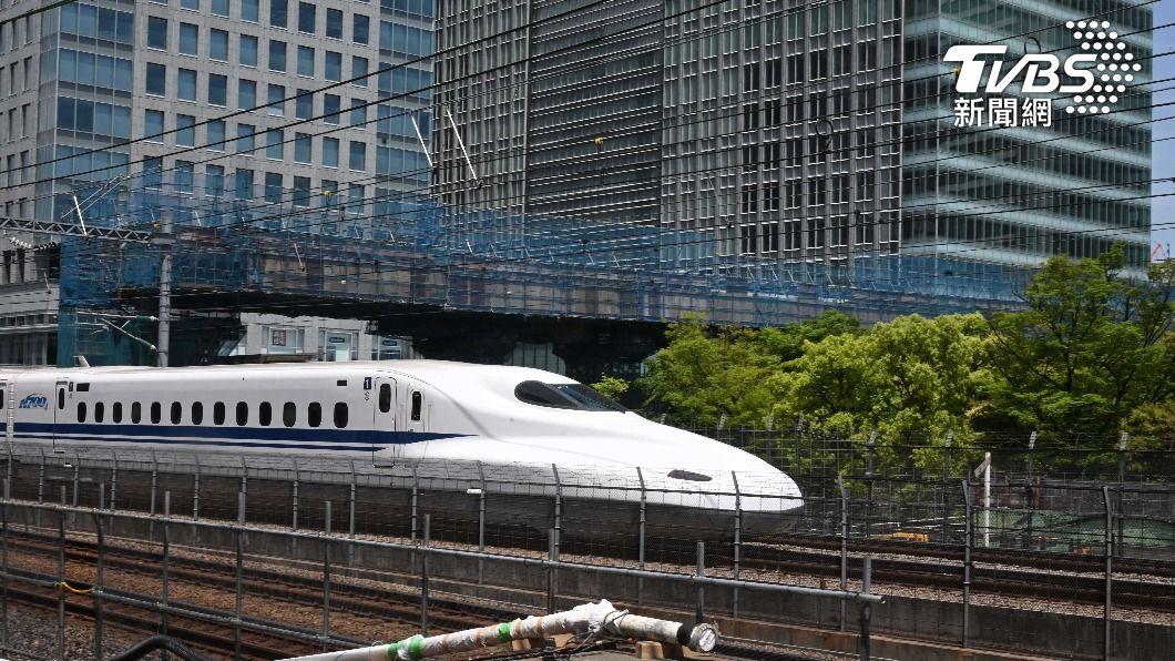 JR東海道新幹線駕駛腹痛跑廁,罔顧乘客安全。(示意圖/達志影像路透社) 新幹線運行途中駕駛腹痛跑廁所 「JR東海」祭出懲處