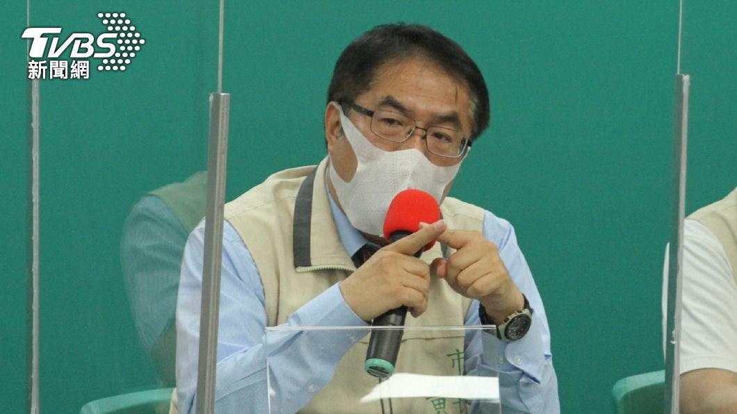 台南市長黃偉哲。(圖/中央社) 防疫升級 黃偉哲:台南餐廳、小吃一律禁內用