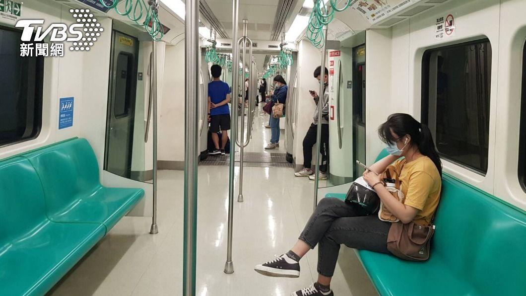 高捷運量大減。(圖/中央社) 新冠疫情衝擊民眾減少出門 高捷運量掉9成