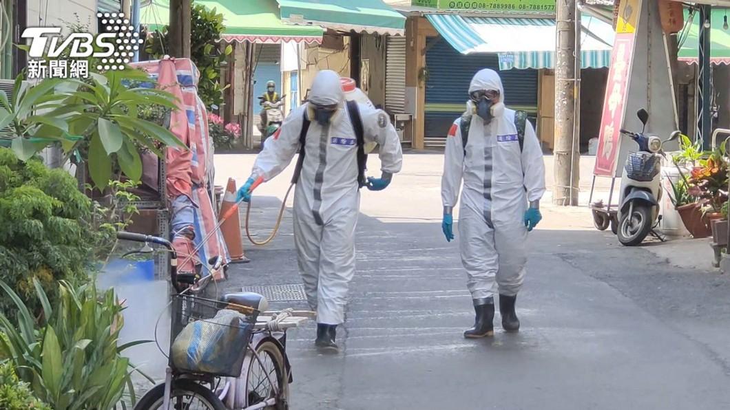本土疫情延伸,各地進行消毒。(示意圖/TVBS資料畫面) 智慧防災開拓有成 中保科今年前5月營收成長5.8%