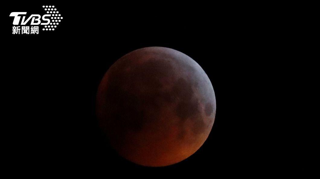 超級血月。(圖/達ˋ志影像美聯社) 天文奇景超級血月26日登場 環太平洋地區可見