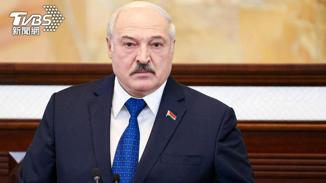盧卡申科不認「劫機說」,堅稱飛機上有炸彈。(圖/達志影像美聯社) 要求戰機「劫機」 白俄總統堅稱飛機有炸彈批歐盟制裁