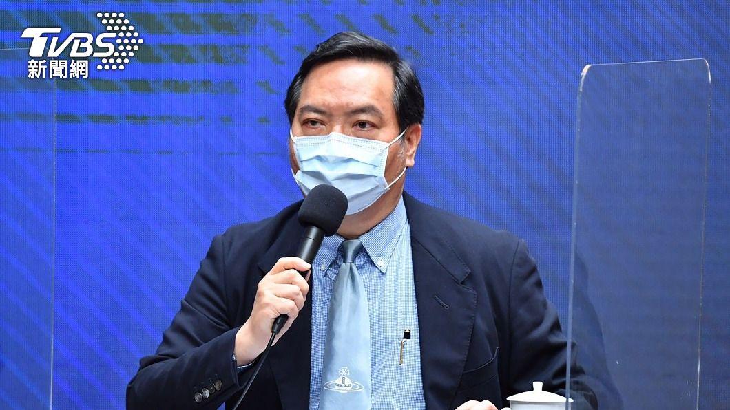 行政院發言人羅秉成。(圖/中央社) 郭台銘稱買BNT疫苗遭技術性拖延 政院澄清