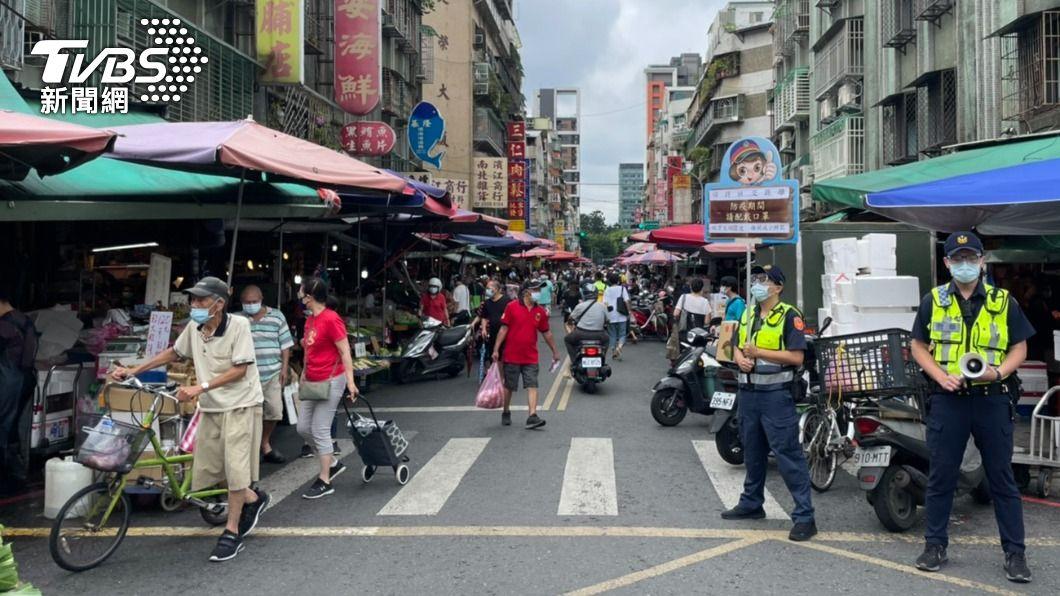 濱江市場即日起強制分流。(圖/TVBS資料畫面) 北農群聚案不休市 濱江市場即日起強制分流