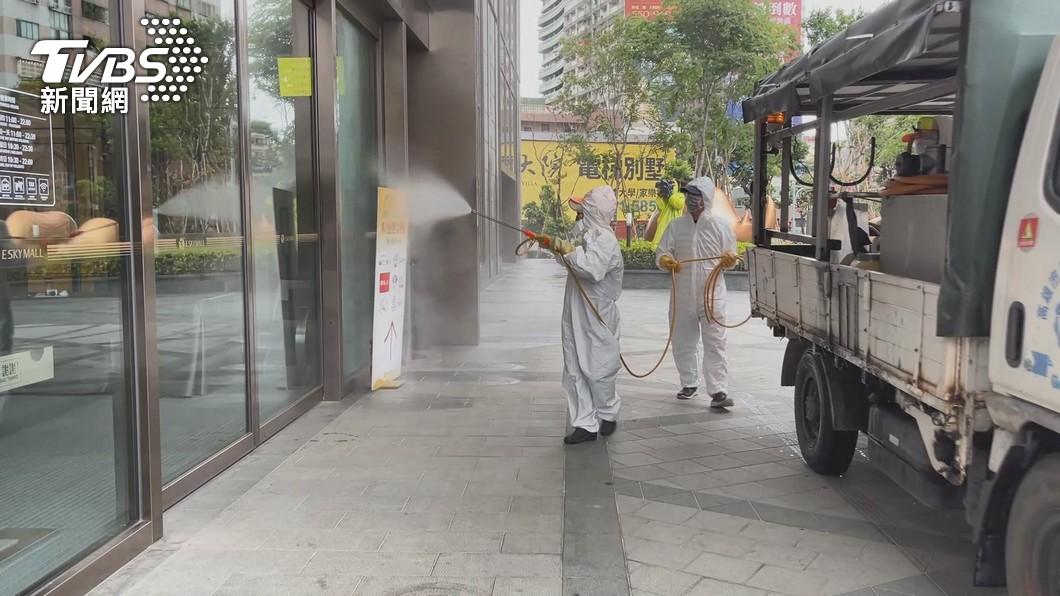 今(27)日為降級首日。(圖/TVBS資料畫面) 新北+4「降級首日車流增5%」 侯友宜憂心急提醒