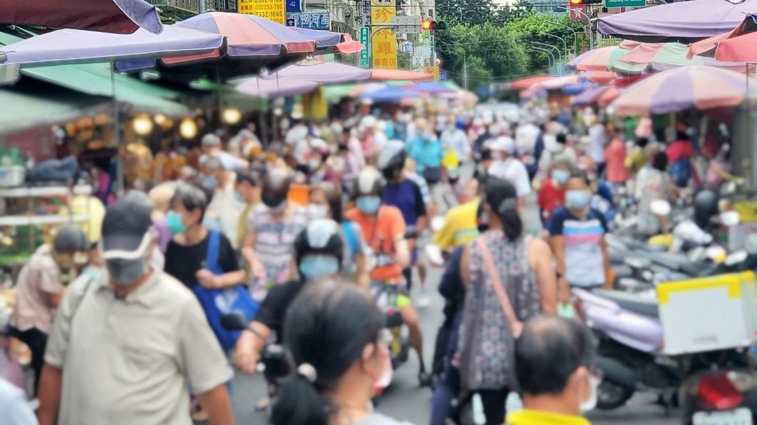 圖/TVBS資料畫面 北市市場防疫再提升 6月起實施容留管制