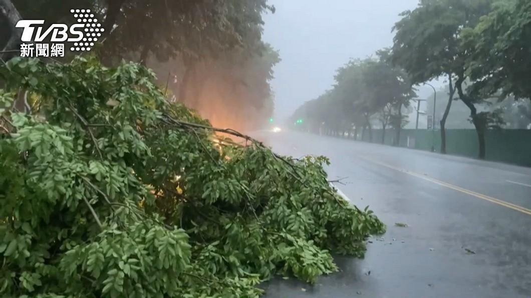 (圖/TVBS資料畫面) 高市山區強降雨 茂林、多納淹水一級警戒