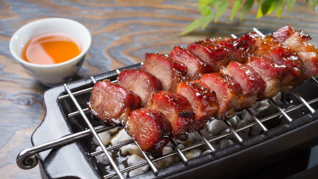 「米其林美饌外帶2.0」有米其林一星的「雅閣叉燒皇」等好料可選。(圖/翻攝自雅閣 Ya Ge at Mandarin Oriental, Taipei臉書) 外帶懶人包! 5家米其林餐廳在家吃「最低180元」