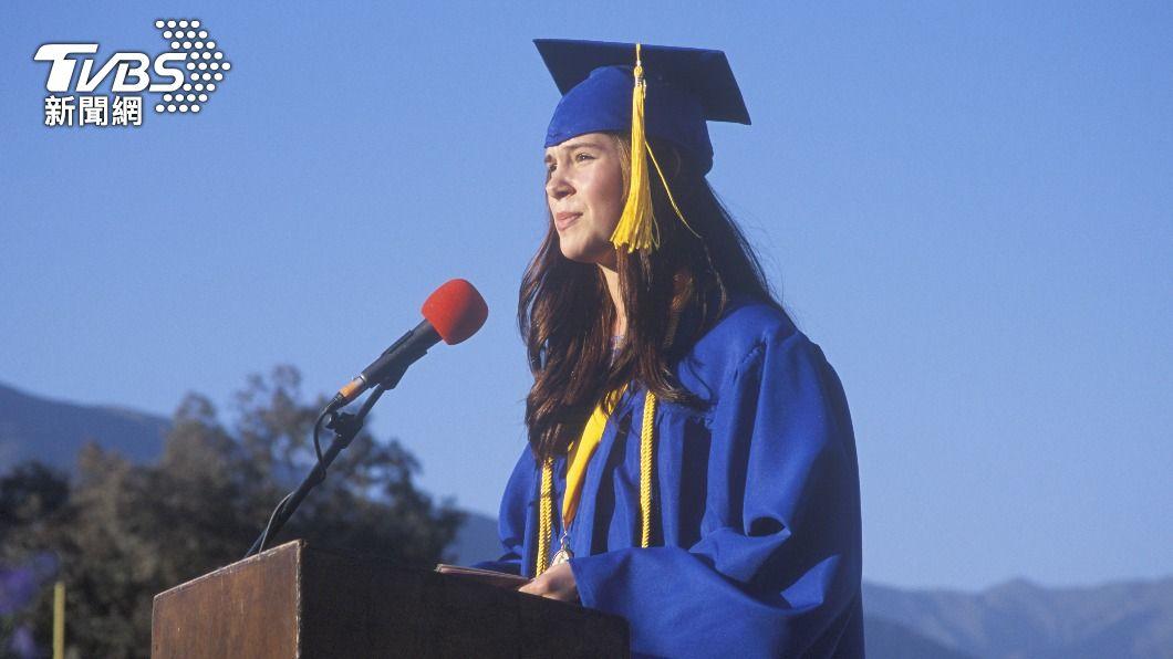 德州一名畢業代表,在演講中利用平台為女性墮胎權發聲。(示意圖/shutterstock達志影像) 勇敢!德州畢業代表臨時改致詞內容 批州政府反墮胎法案