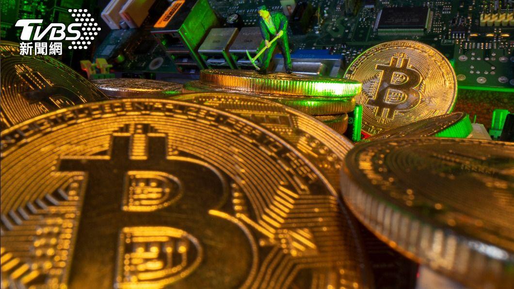 薩爾瓦多總統宣布將爭取把比特幣訂為官方貨幣。(圖/達志影像路透社) 全球首例!薩爾瓦多總統擬將比特幣訂為官方貨幣
