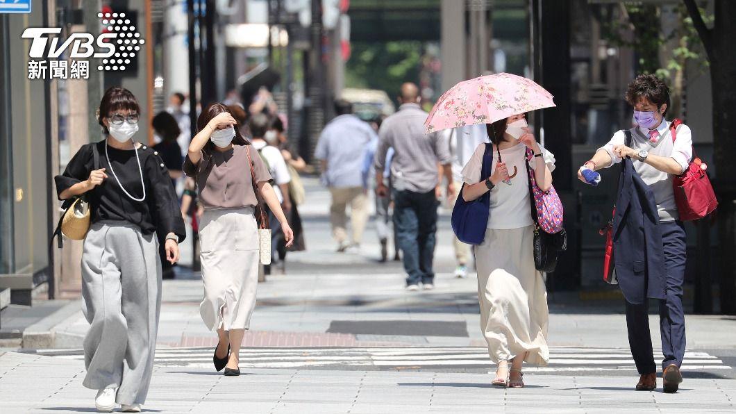 (圖/達志影像美聯社) 日本專家警告 東京外出人潮增加疫情恐再擴大