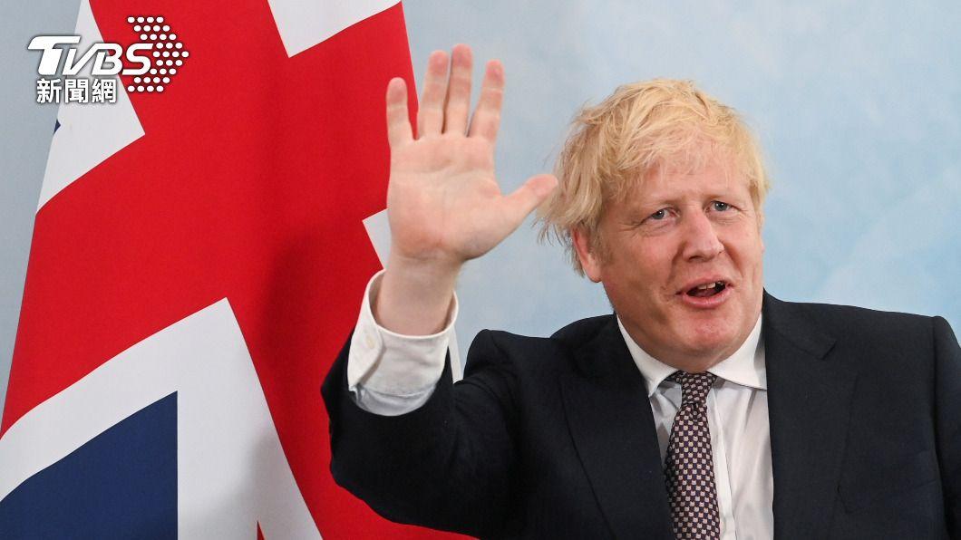 英國首相強生表示將提供至少1億劑過剩疫苗給窮國。(圖/達志影像路透社) 英相估G7將同意捐贈10億劑疫苗 助窮國抗疫