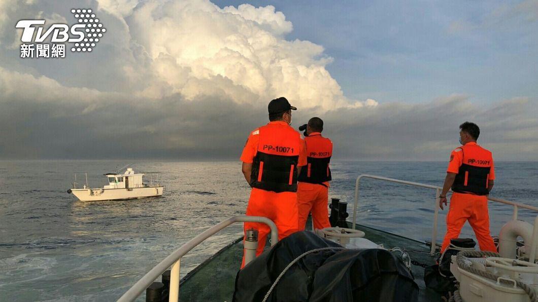 (圖/中央社) 娛樂船員七美海域落海失蹤 海空持續搜尋