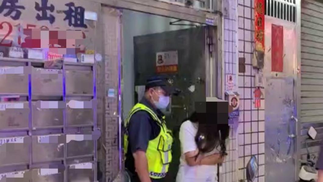 疫情期間施女轉戰出租套房從事性交易,沒想到仍被警方找上門逮補。(圖/新興分局中正三路派出所提供) 疫情間躲套房「人與人連結」 相約後怎麼是你