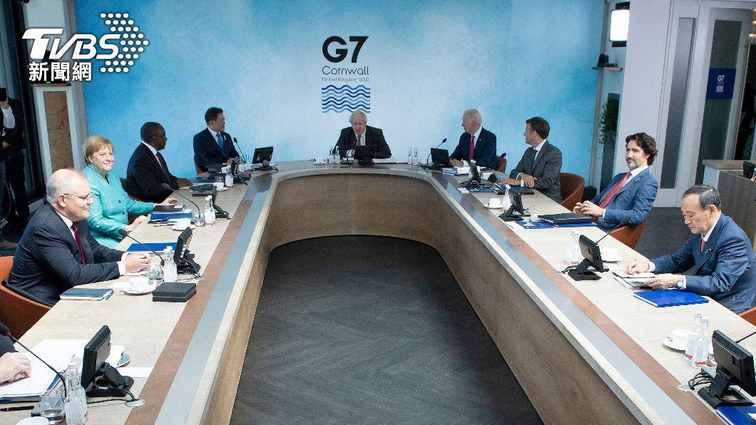 G7領袖峰會在12日的會議中,依然以疫情為重點討論議題。(圖/達志影像美聯社) G7領袖簽「卡比斯灣宣言」 未來將於百日內批准疫苗