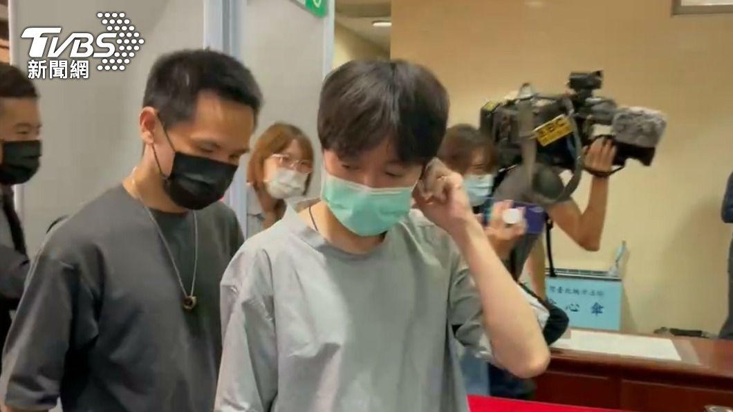 青峰遭告違反著作權法一審無罪。(圖/TVBS資料照) 青峰「唱自己的歌」遭林暐哲告違反《著作權法》 一審獲判無罪