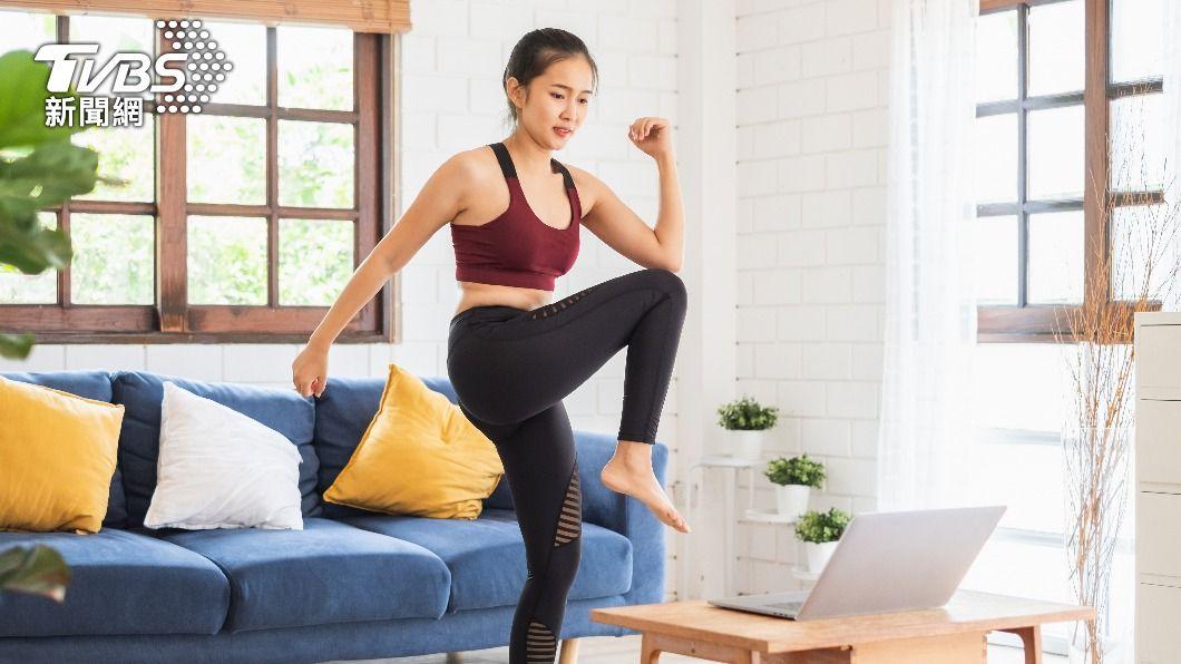 空腹做有氧運動的減肥效果,在健身界一直引起很大爭議。(示意圖/shutterstock達志影像) 空腹運動減肥更有效?博士提醒2件事做錯恐破功