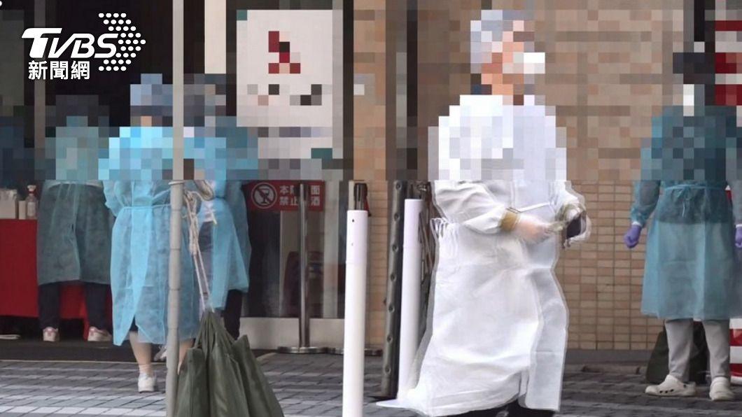 雙和醫院日前爆發院內群聚感染事件。(圖/TVBS) 不斷更新/公私協力共同防疫 醫院防疫措施一次看